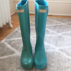 Hunter Rain boots turquoise size 5